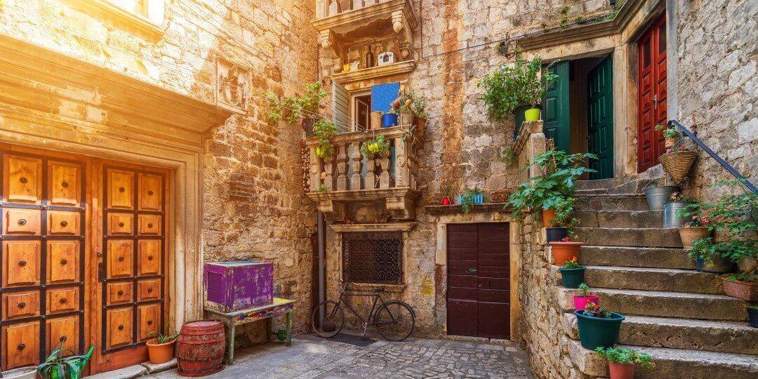 Dalmatian coast tour - Trogir 2